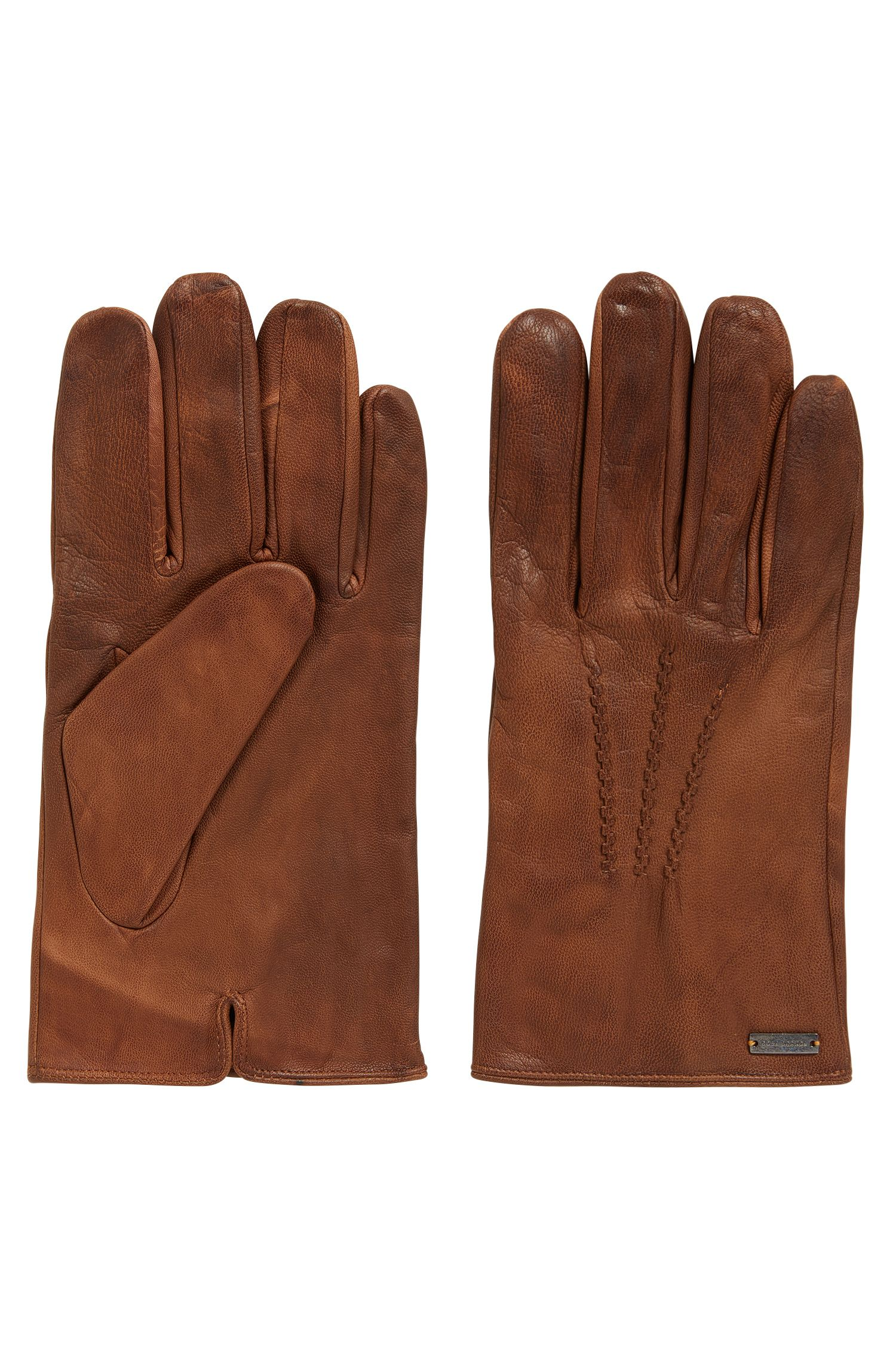 Vintage-style gloves in waxed leather