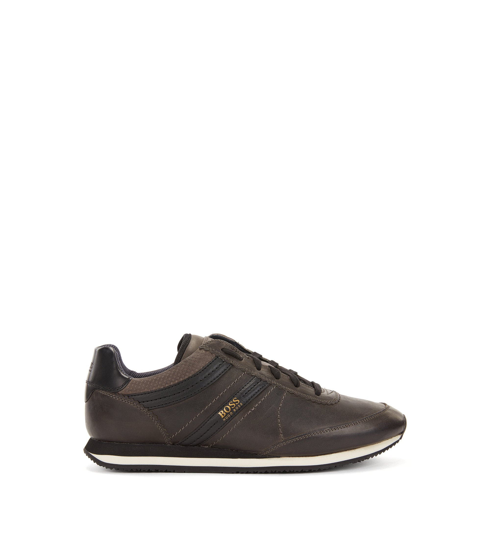 Sneakers low-top in pelle effetto vissuto con suola EVA, Nero