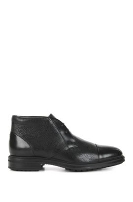 Desert boots in smooth and grained leather, Black