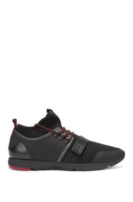 Lightweight trainers in a technical knitted jacquard, Black