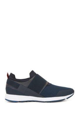 Sneakers aus Material-Mix mit elastischem Riemen, Blau