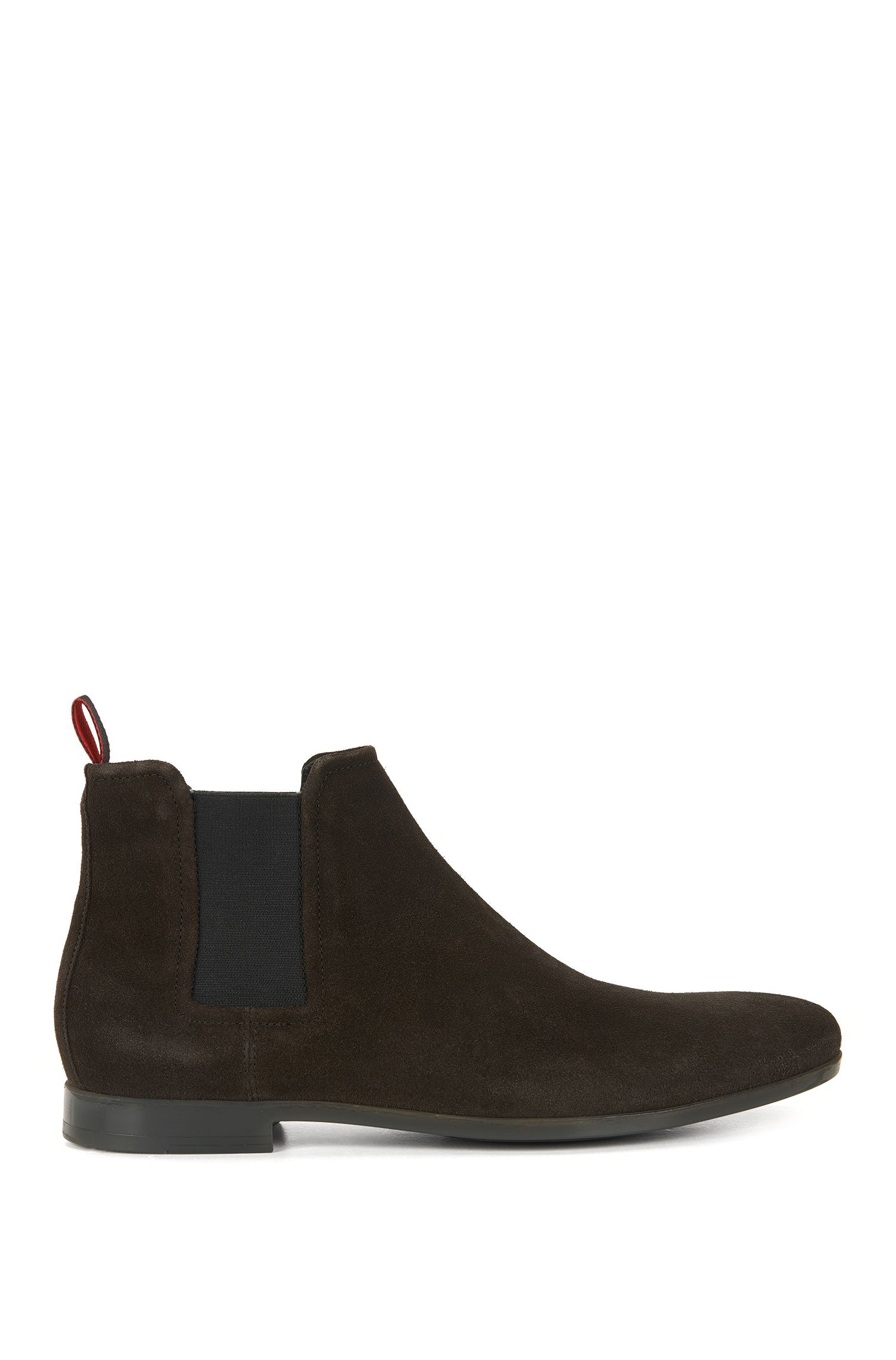 Chelsea boots in soft suede