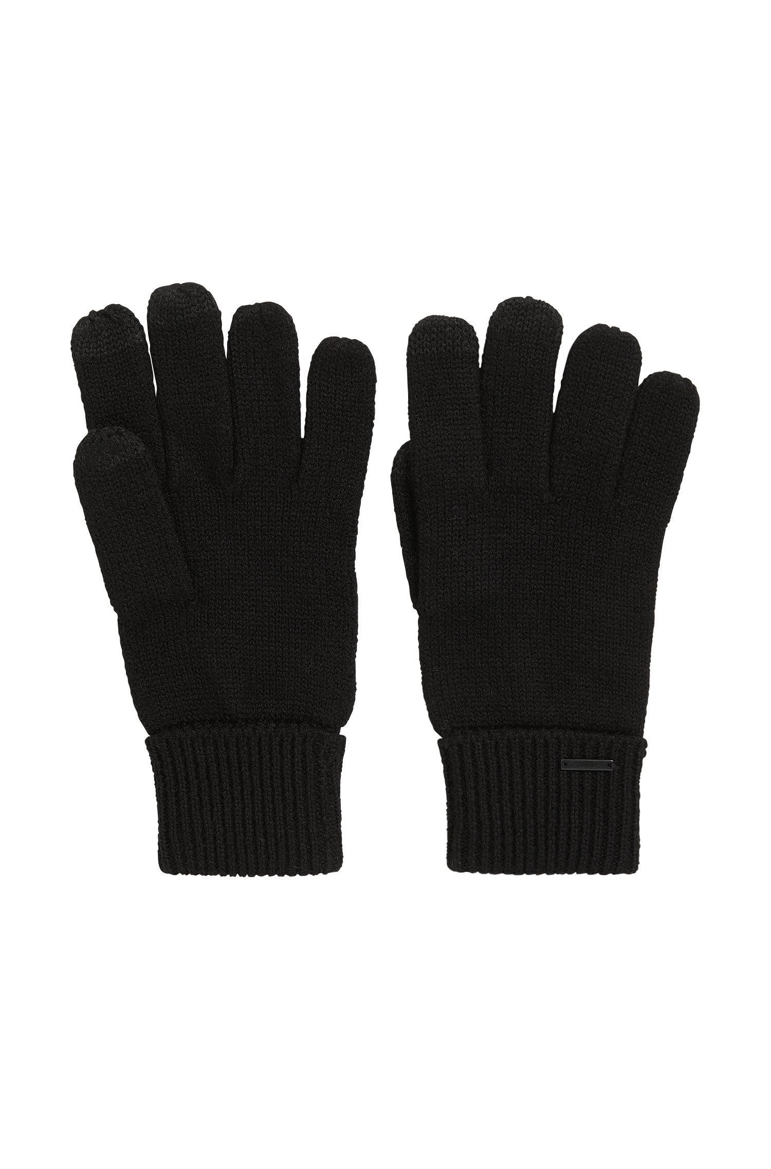 Knitted gloves in a wool blend