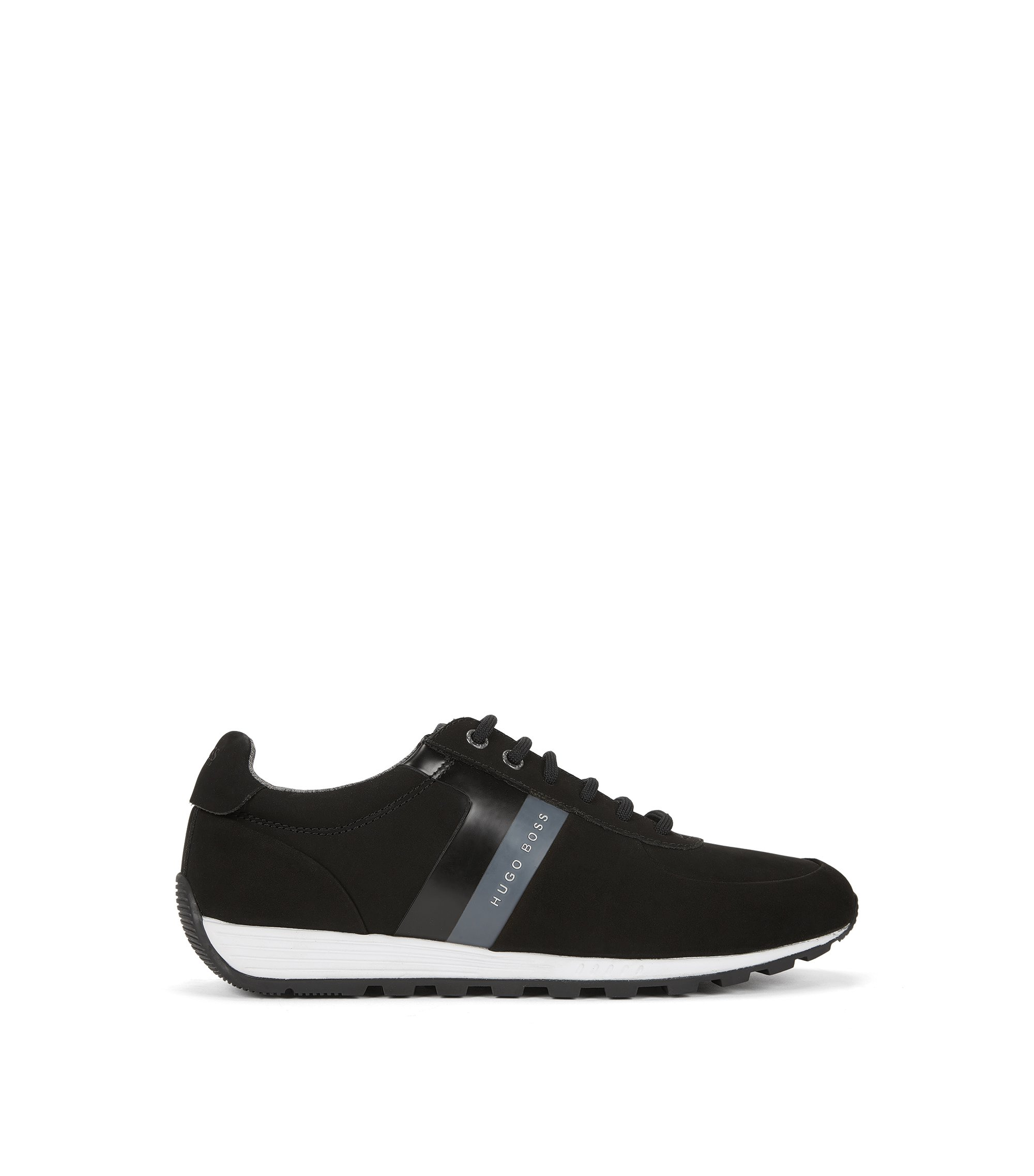 Low-top retro trainers in soft nubuck, Black
