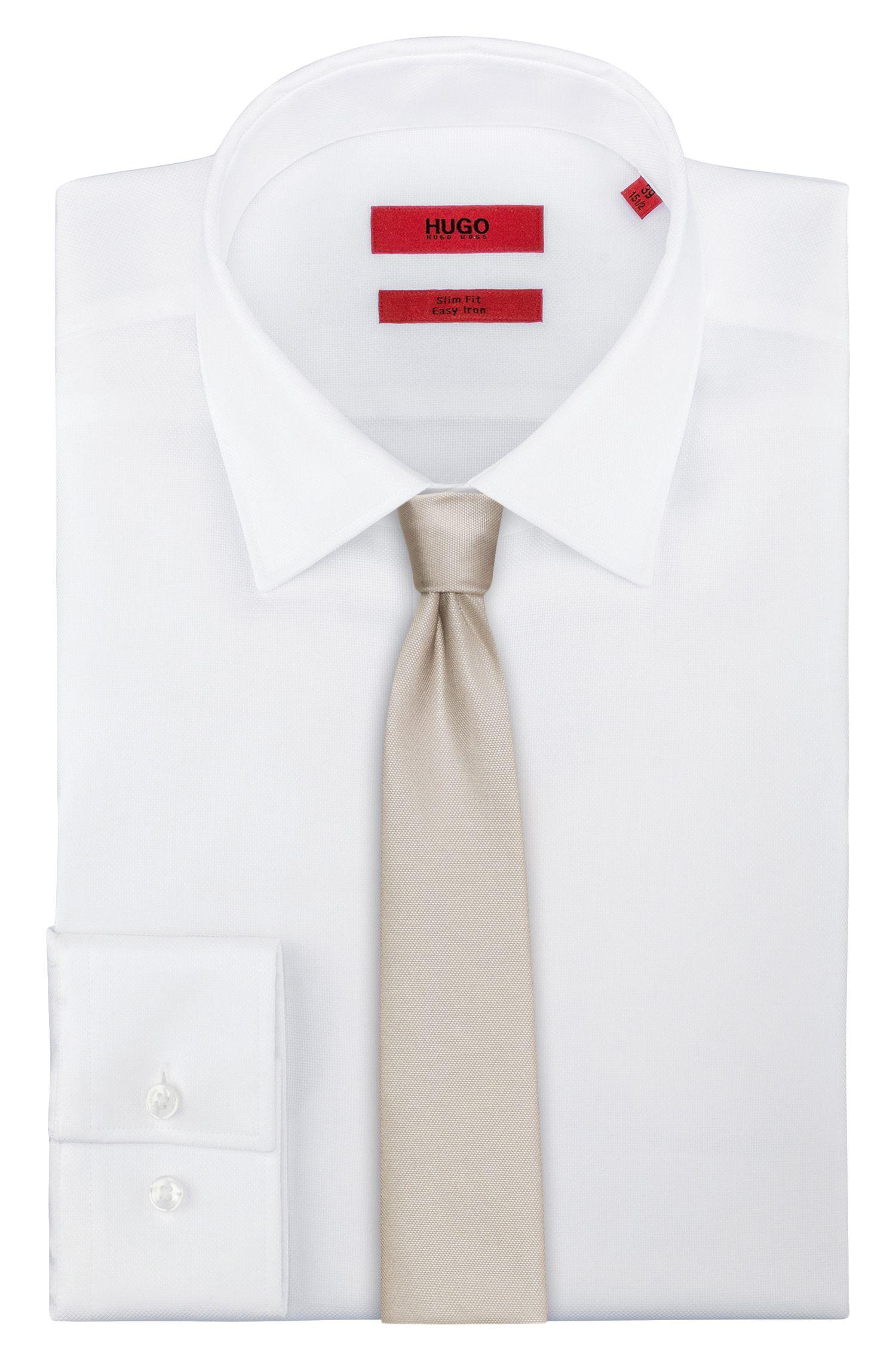 Cravate coupe droite en pure soie