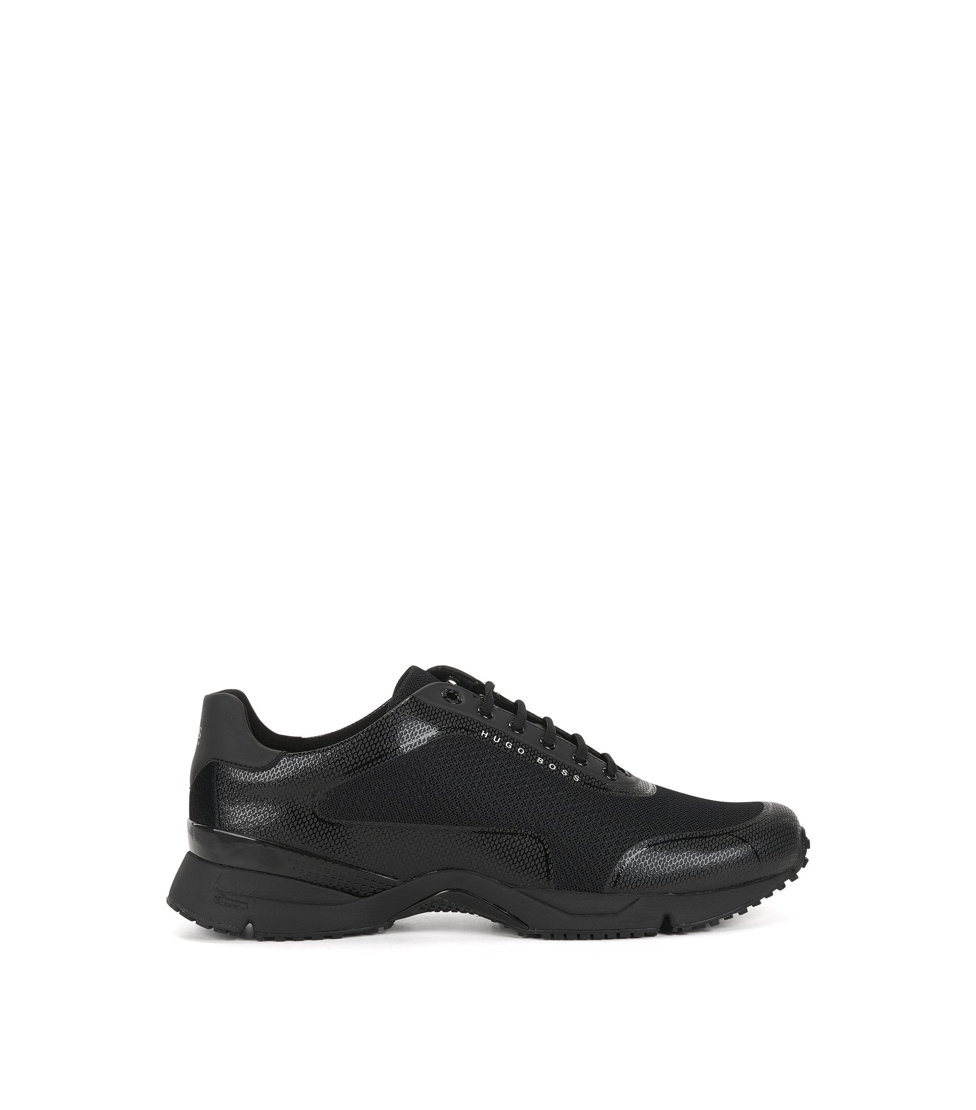 Mesh trainers with thermo-bonded details, Black