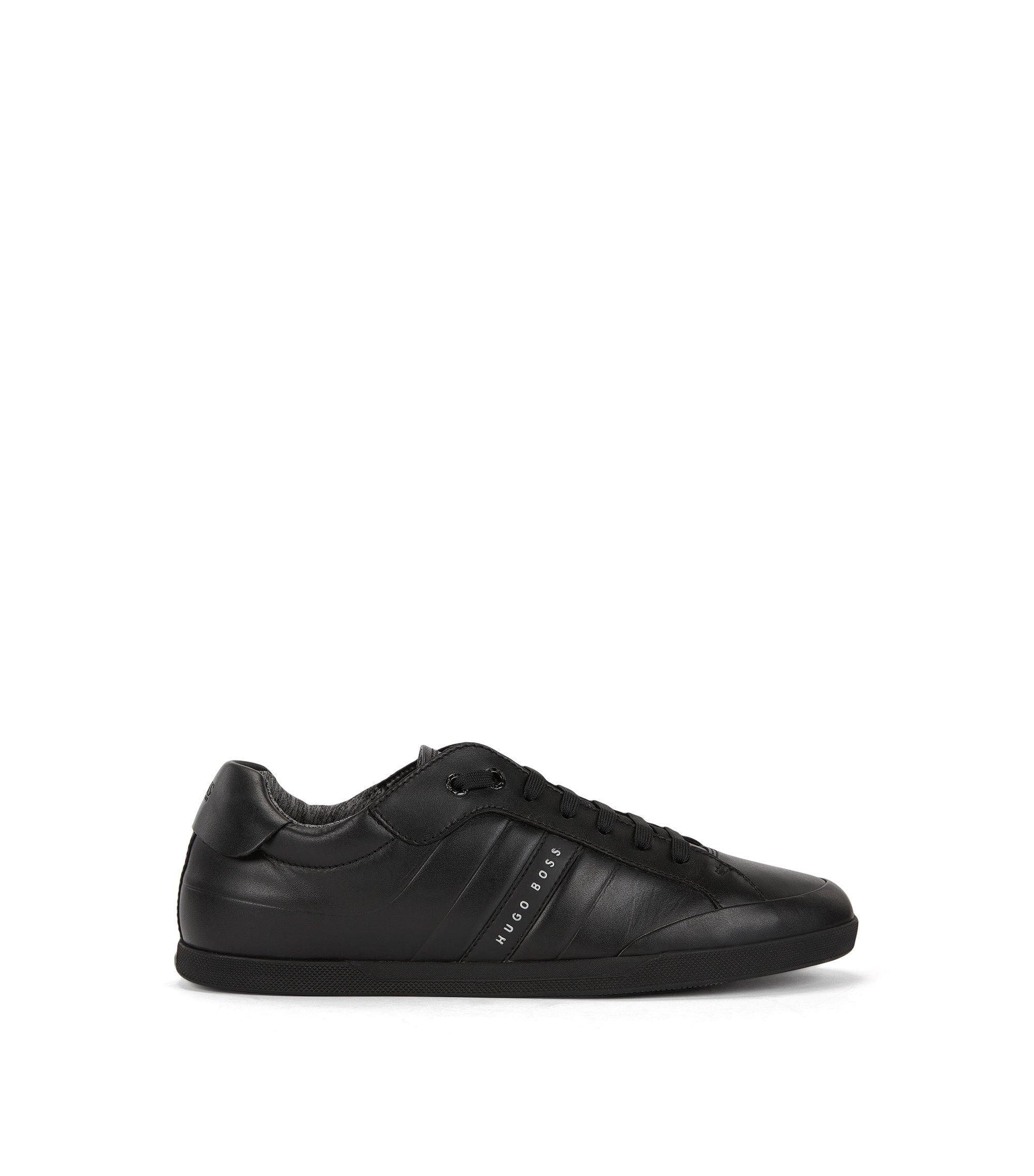 Sneakers aus geprägtem Leder, Schwarz