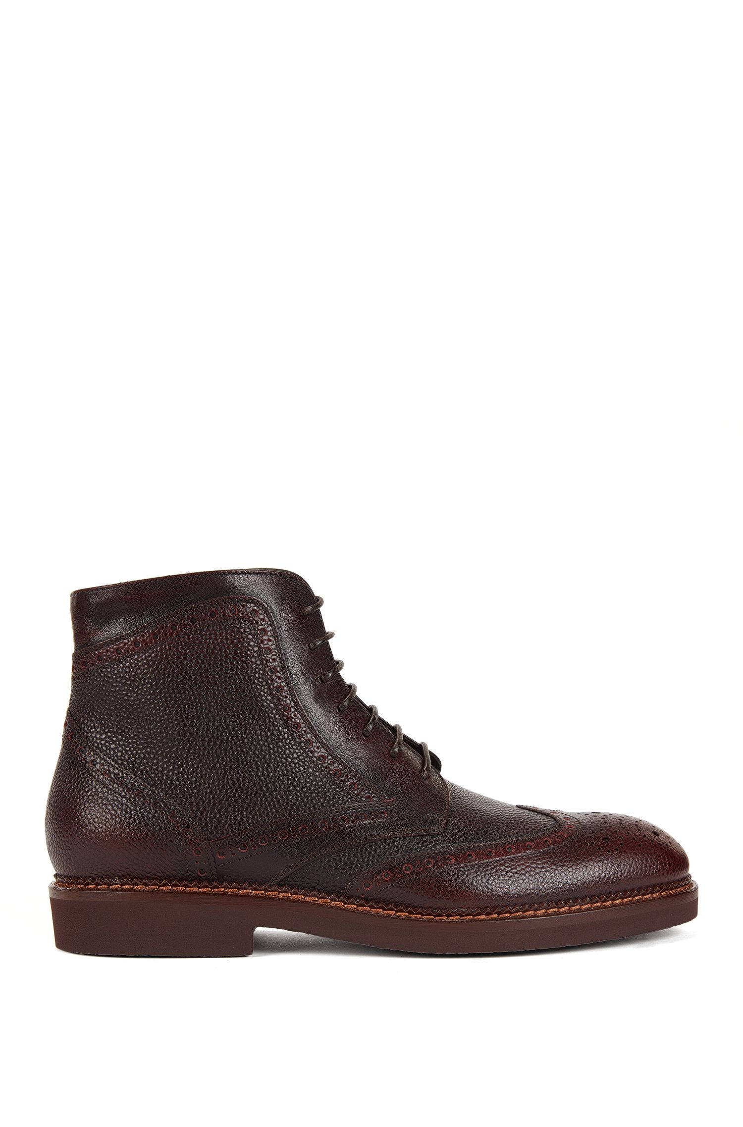 Lace-up boots in scotch-grain leather