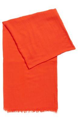 Lichte sjaal van ton-sur-ton modal, Rood