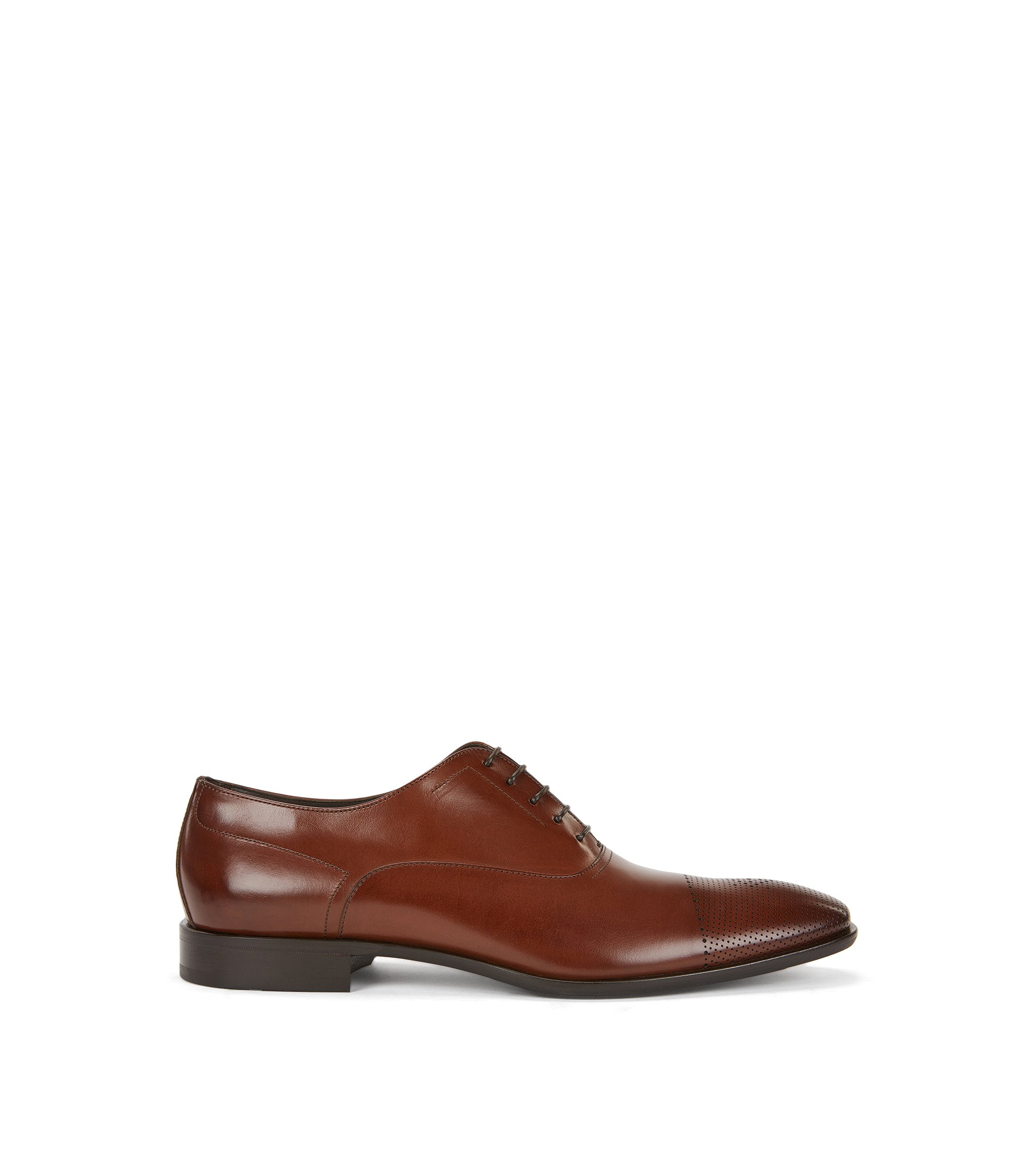 Oxford-Schuhe aus Leder mit gelaserter Zehenkappe, Braun