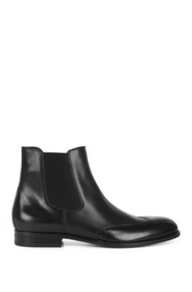 Leather Chelsea boots with wingtip details, Black