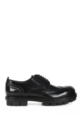 Leather Derby shoes with wingtip details, Black