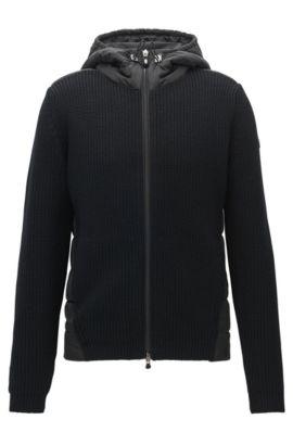 Regular-fit jas met capuchon van een gebreide, gevulde materiaalmix, Zwart