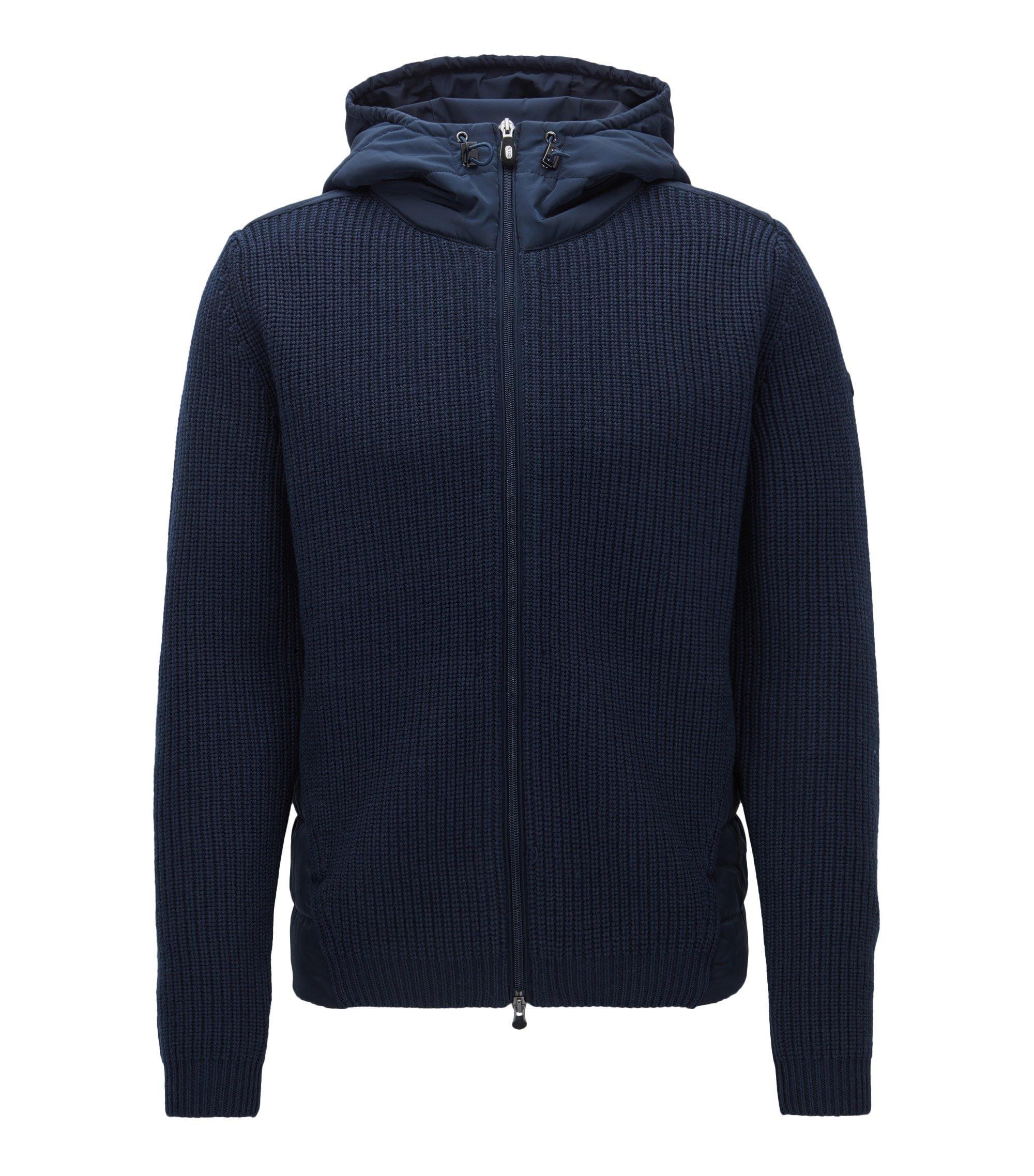 Regular-fit jas met capuchon van een gebreide, gevulde materiaalmix, Donkerblauw