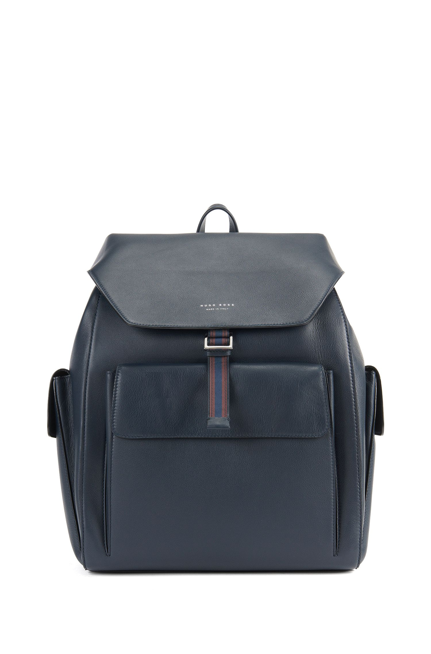 Structured backpack in Italian leather