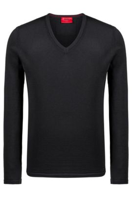 Jersey slim fit con cuello en pico en lana de merino, Negro
