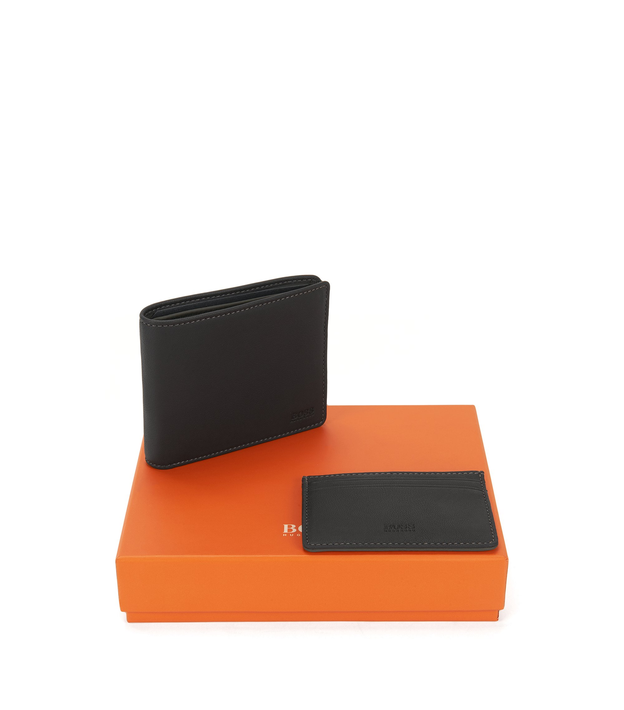 Bifold wallet and card holder gift set in soft sheen leather, Black