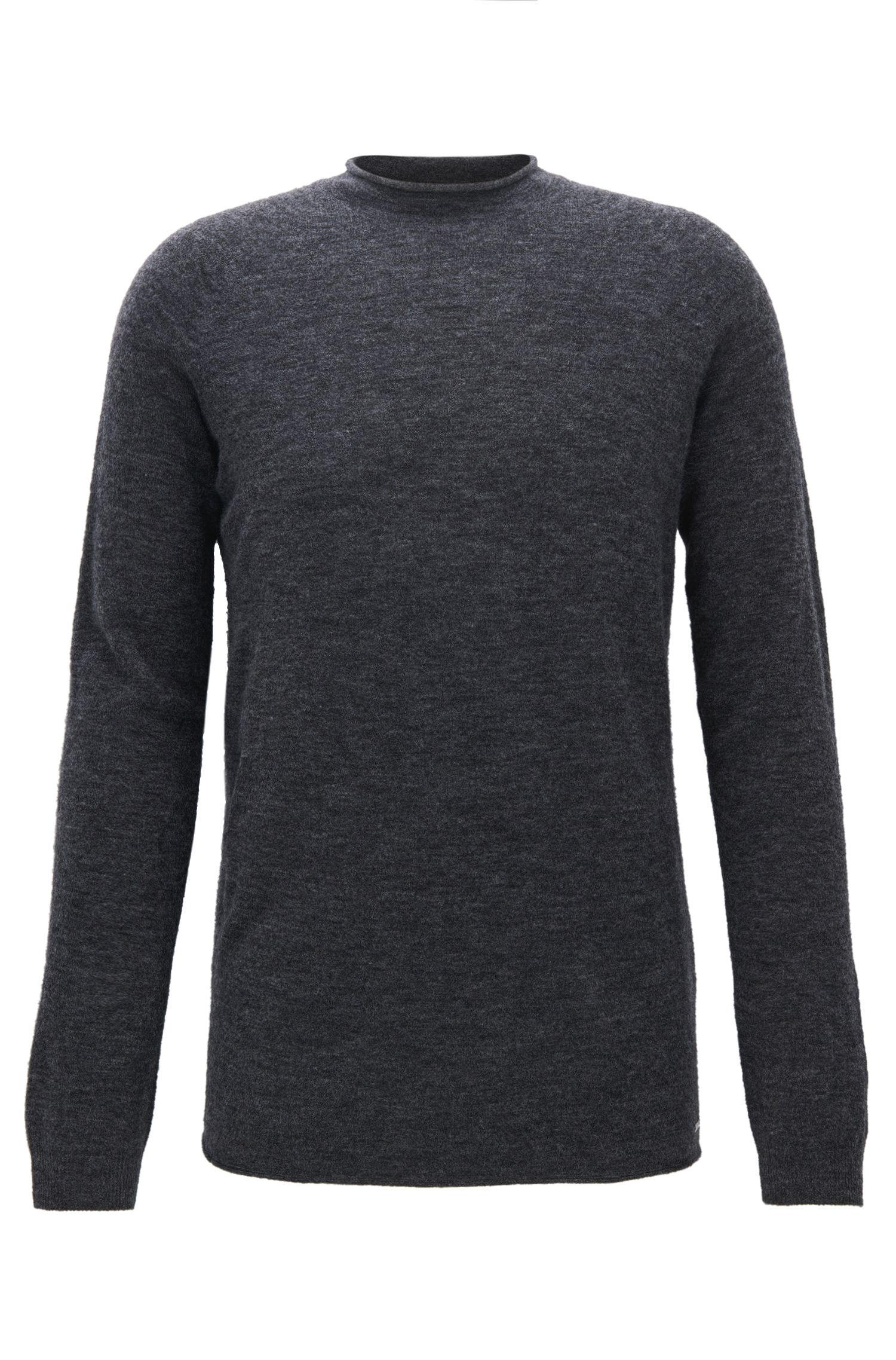 Seamless sweater in a wool blend