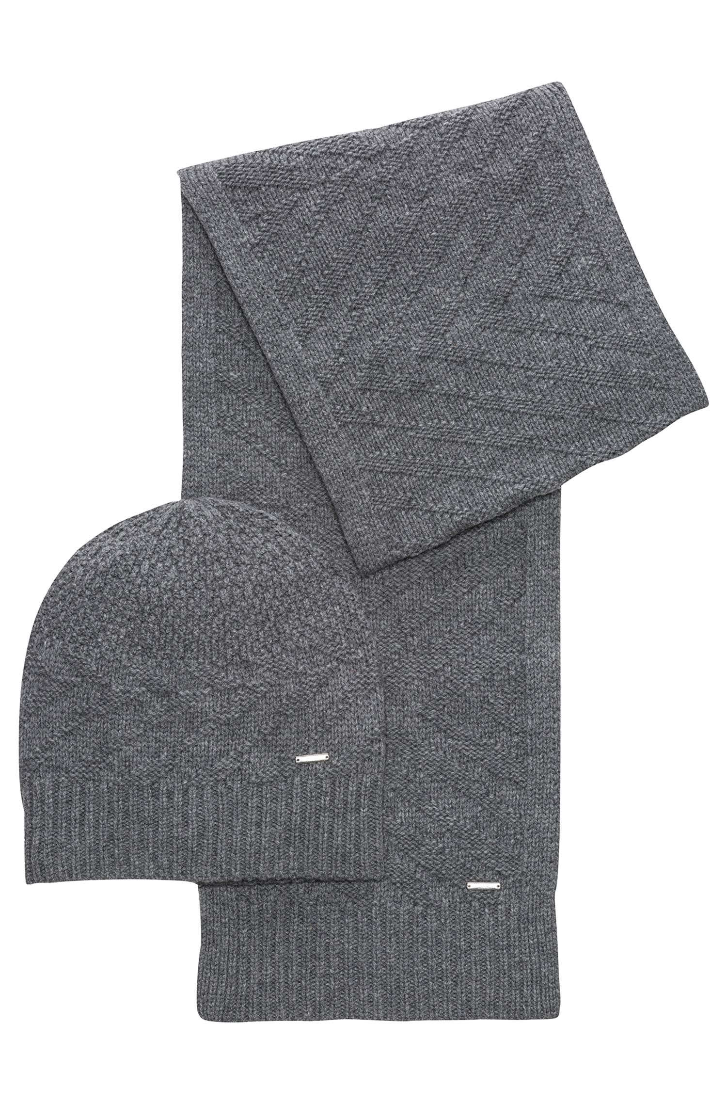 Knitted scarf and beanie set in virgin wool jacquard