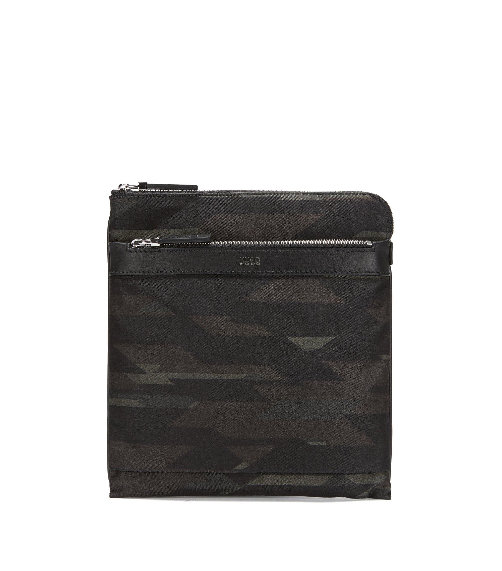Porte-documents en tissu technique à imprimé camouflage et finitions en cuir, Fantaisie