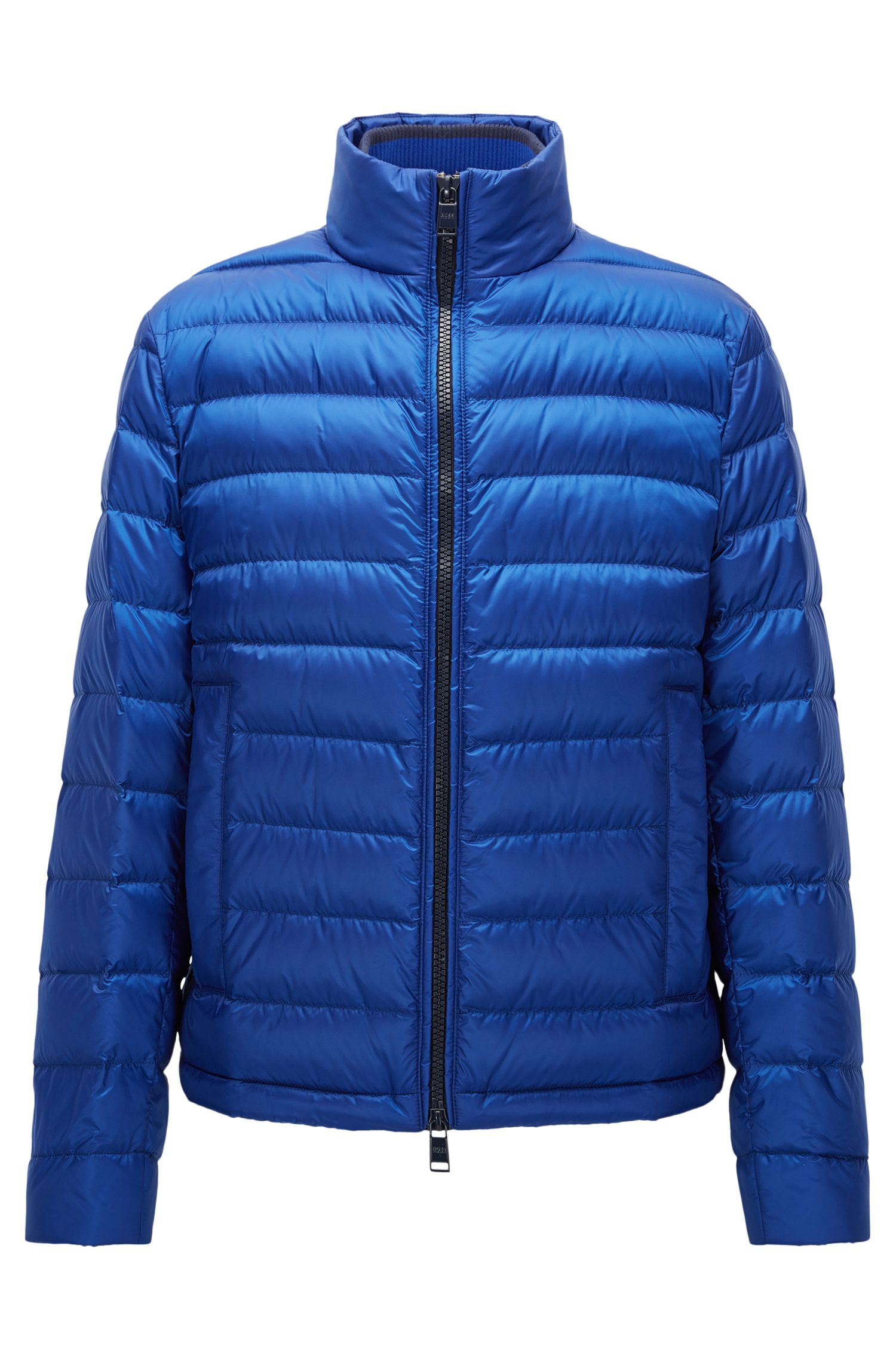 Relaxed-fit packable down jacket in water-repellent technical fabric