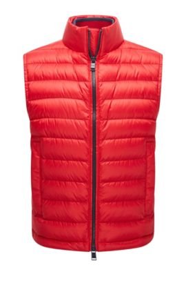 Relaxed-fit gilet in water-repellent technical fabric, Rouge