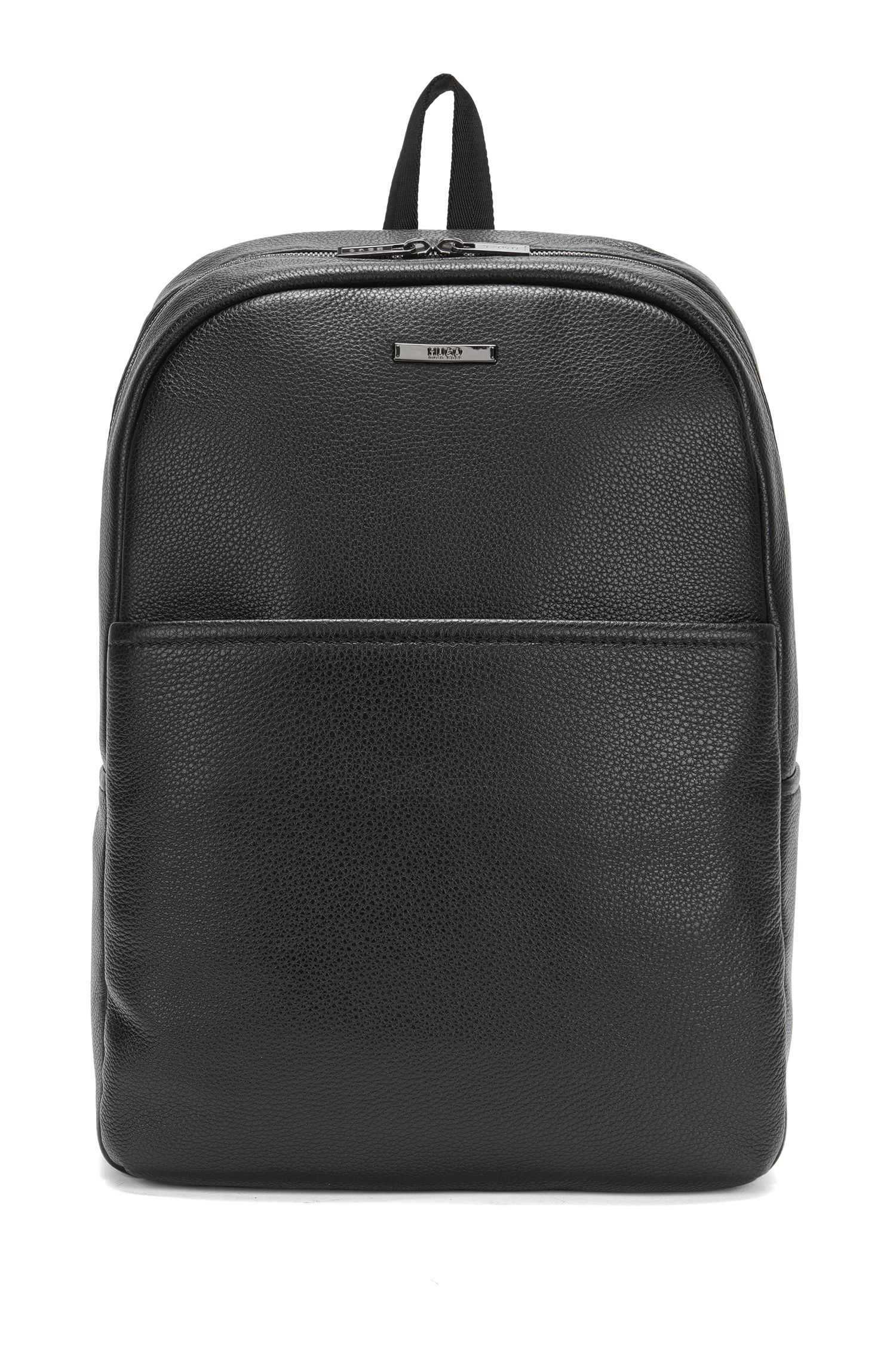 Backpack in grained leather
