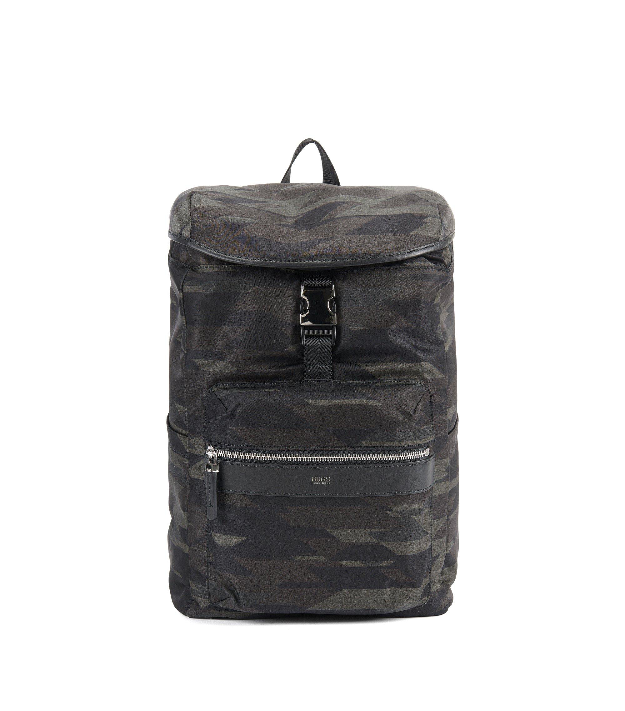 Rucksack aus Nylon mit Camouflage-Print und Leder-Details, Gemustert