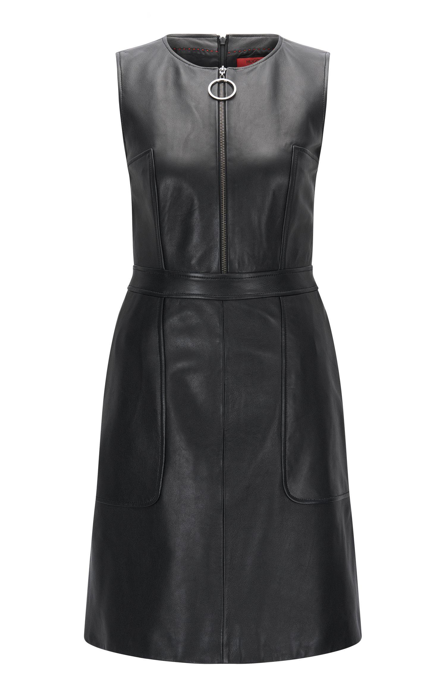 Regular-Fit Kleid aus genarbtem Leder