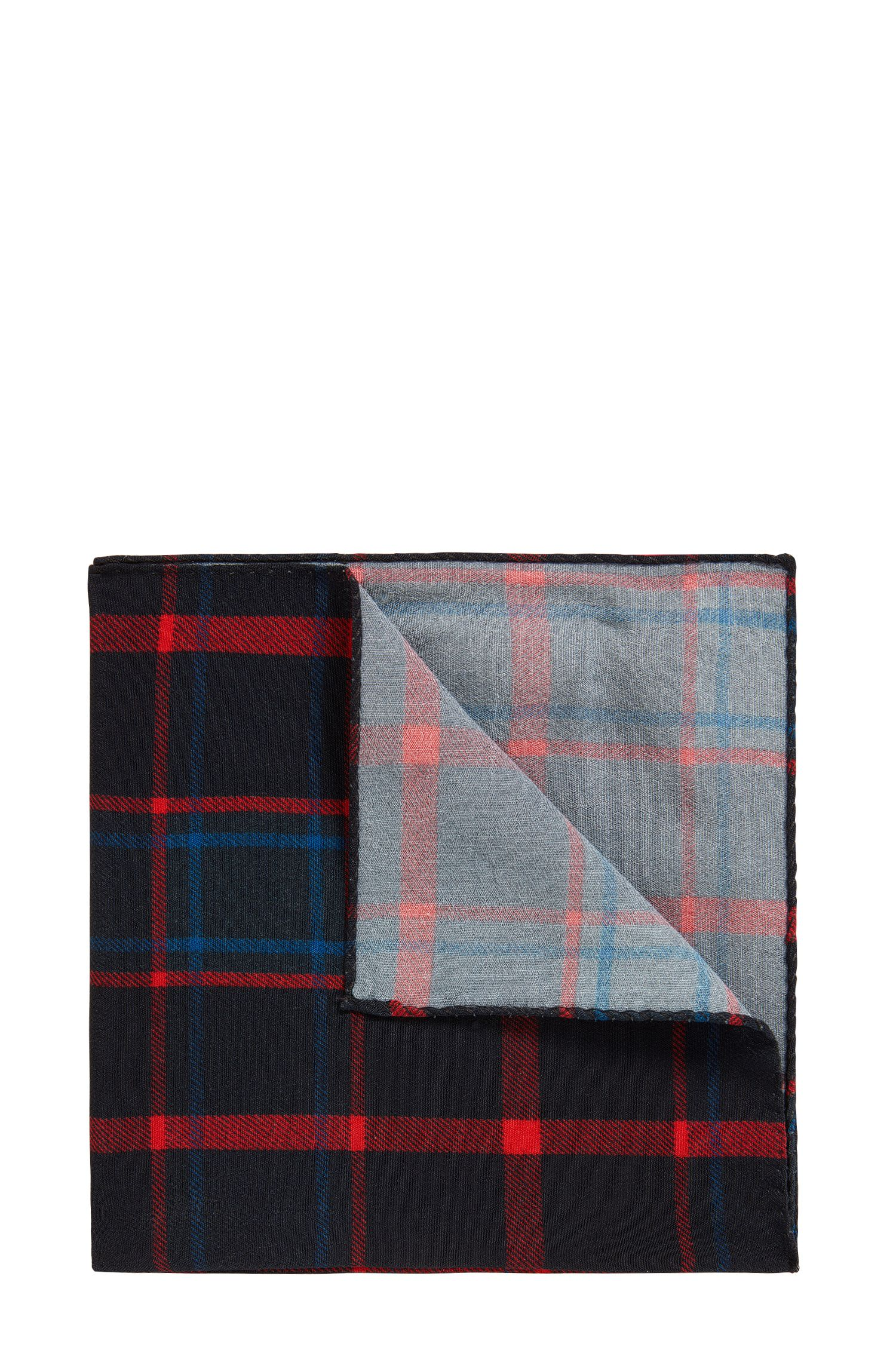Pocket square in checked fabric
