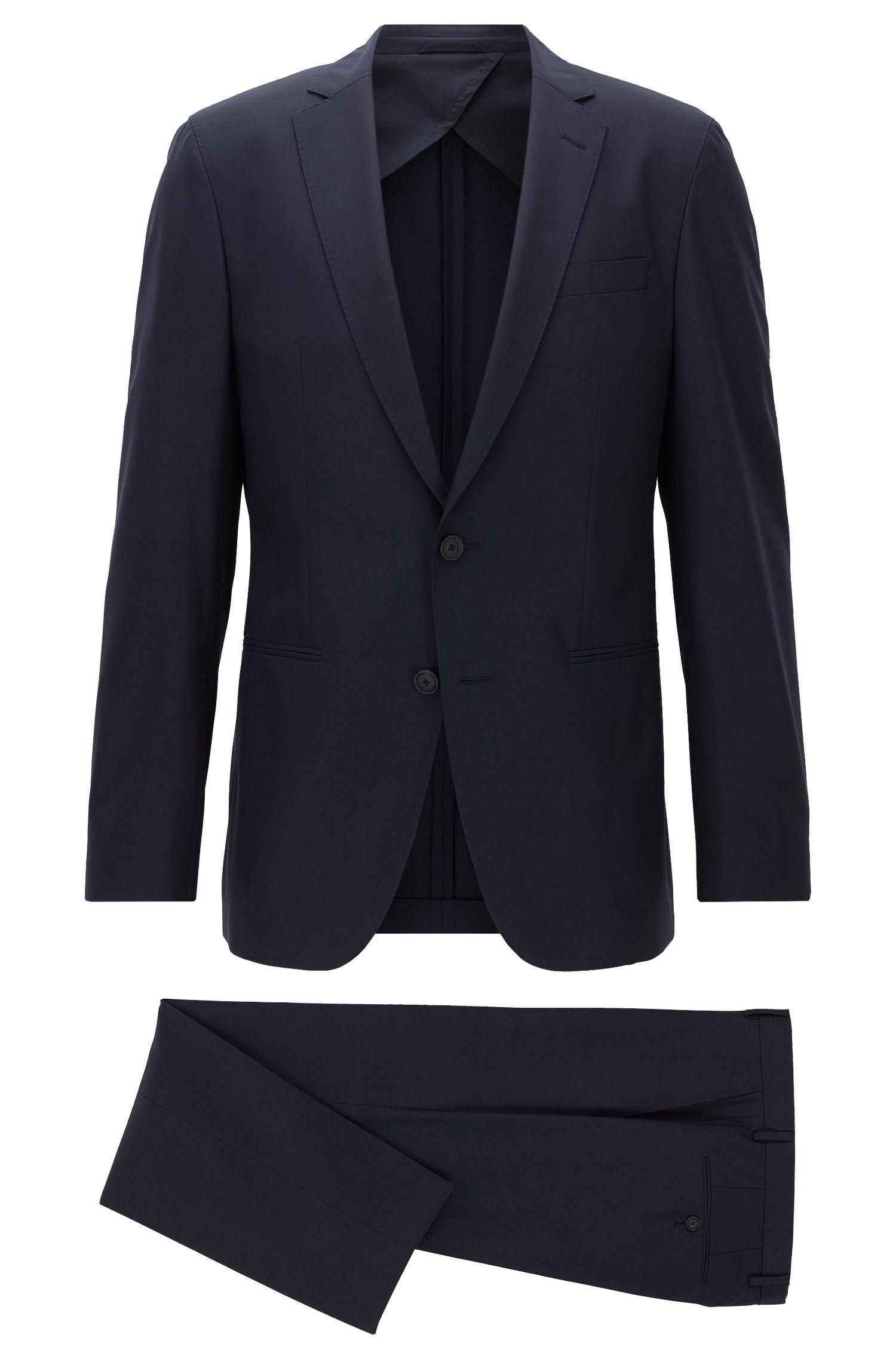 Slim-fit packable travel suit in virgin wool
