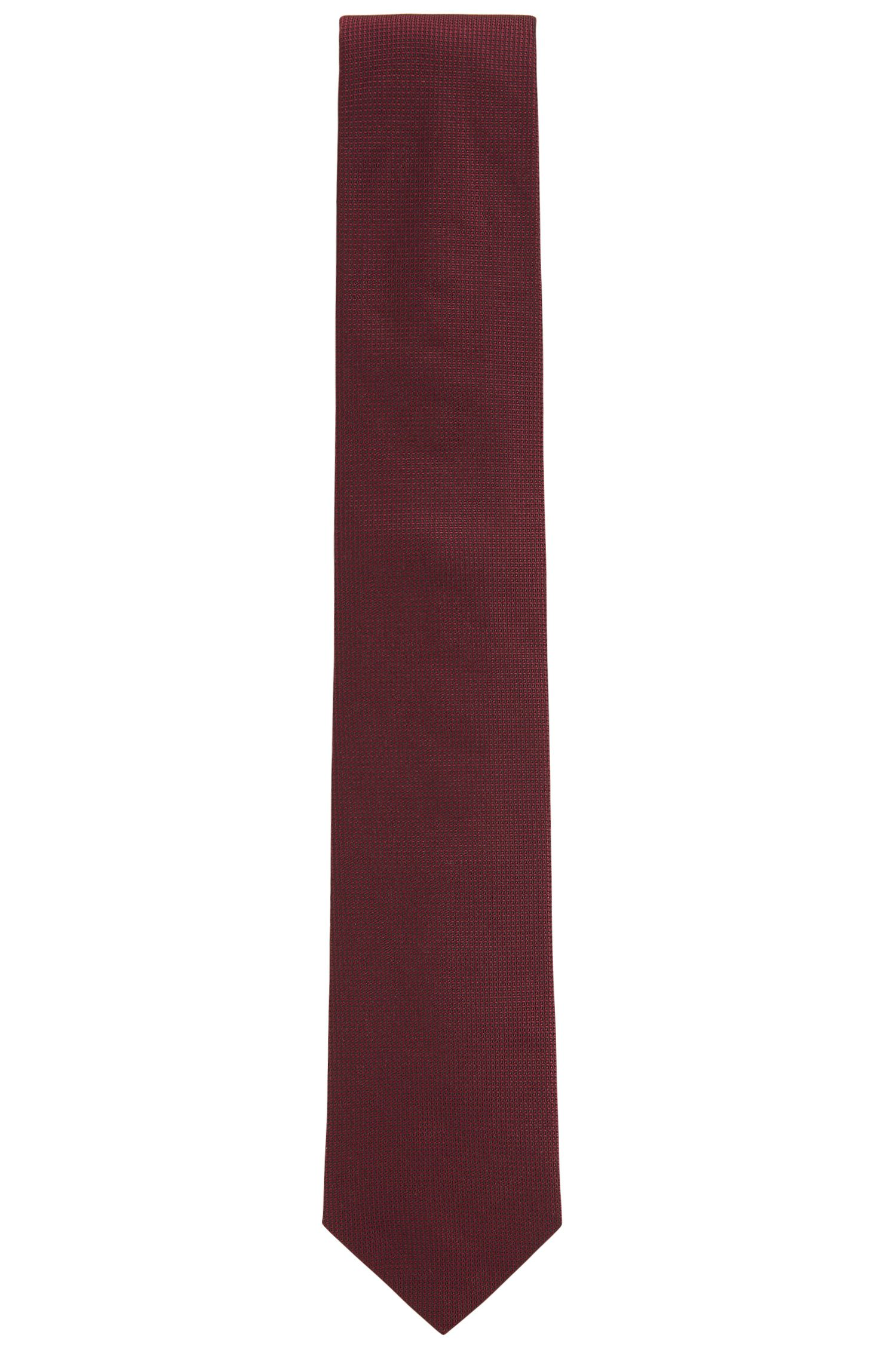 Jacquard tie in textured silk