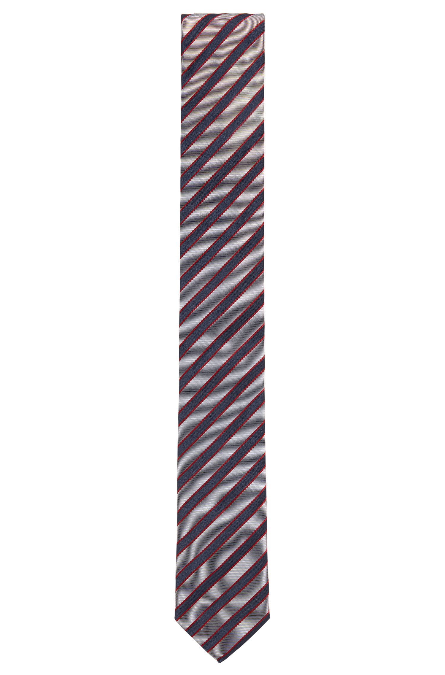 Silk jacquard tie with diagonal stripes