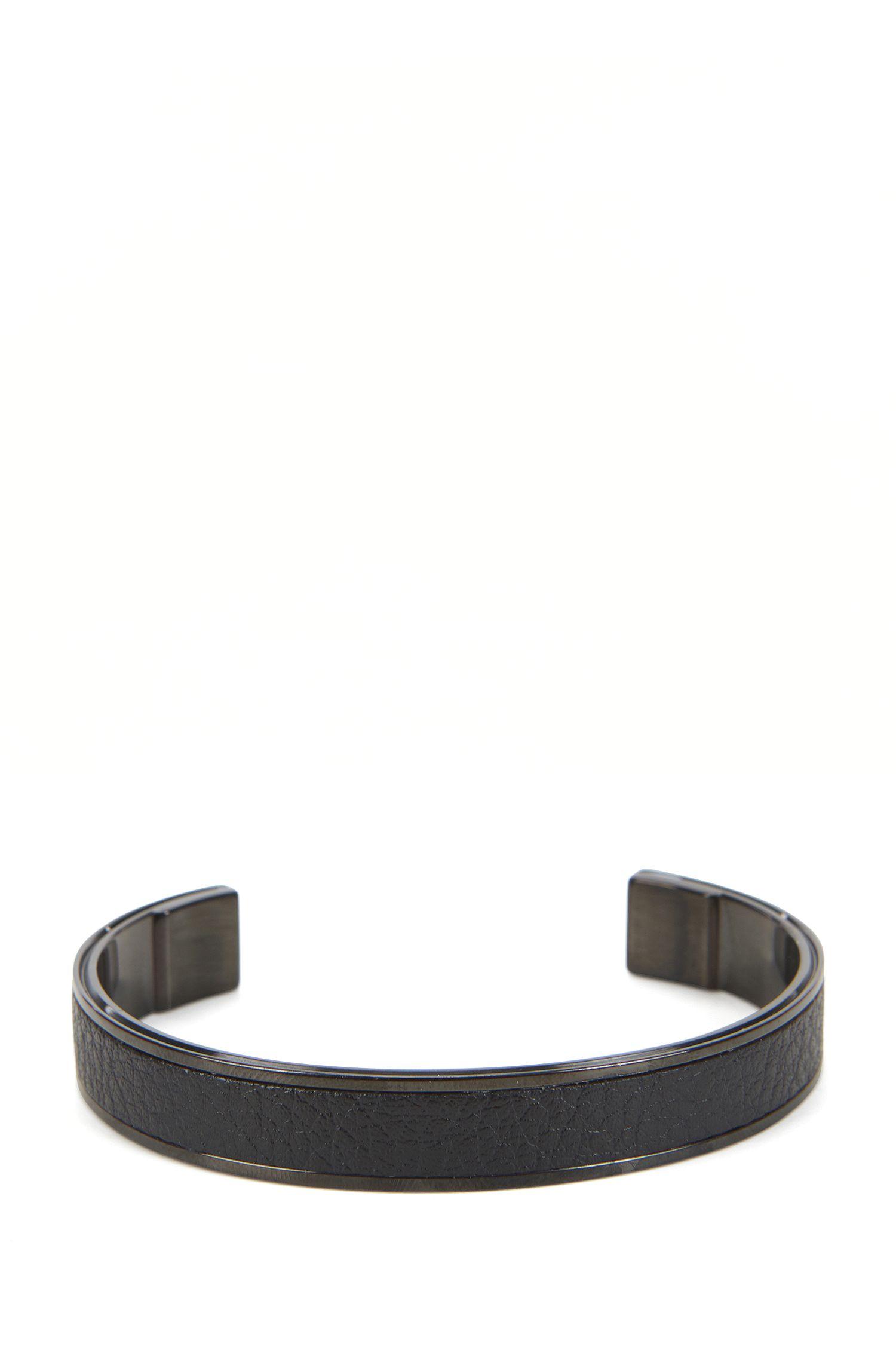 Bracelet jonc en métal plaqué de couleur noire à insert en cuir
