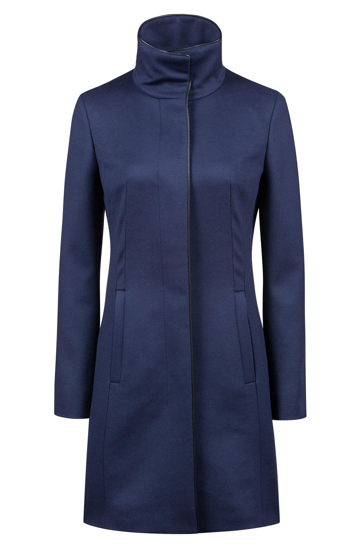 Cappotto slim fit in misto lana vergine con profili