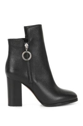 Ring-detailed ankle boots in Italian leather, Black