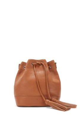 Drawstring bucket bag in Italian leather, Dark Orange