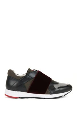 Low-top leather trainers with elasticated straps, Schwarz