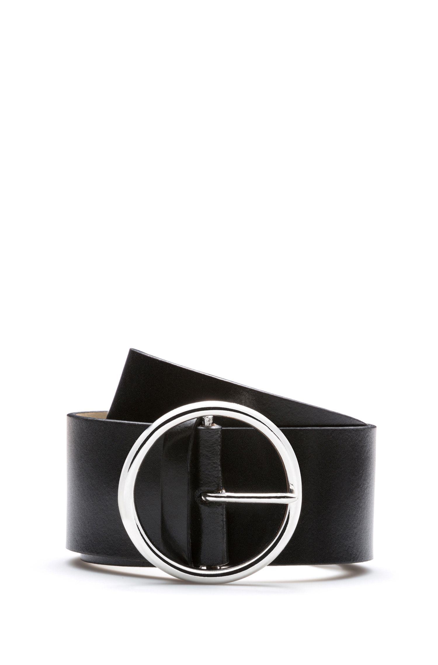 Cinturón de piel con hebilla redonda