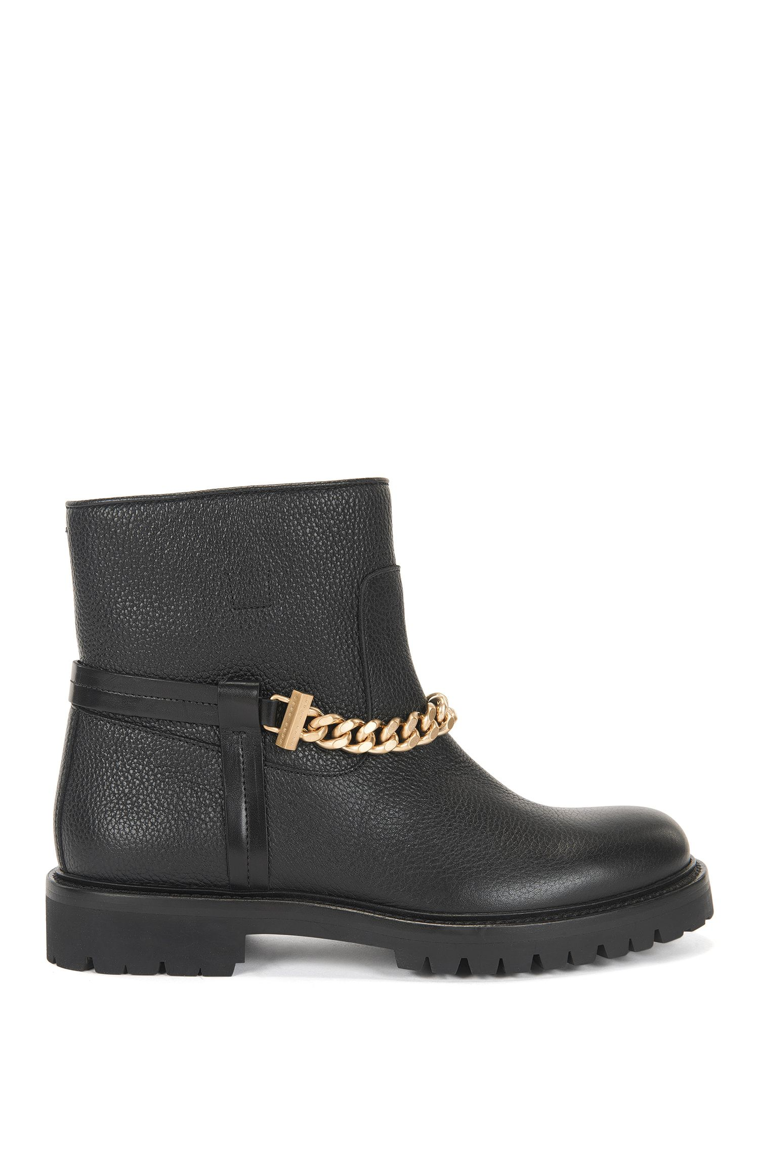 Leather boots with chain detail