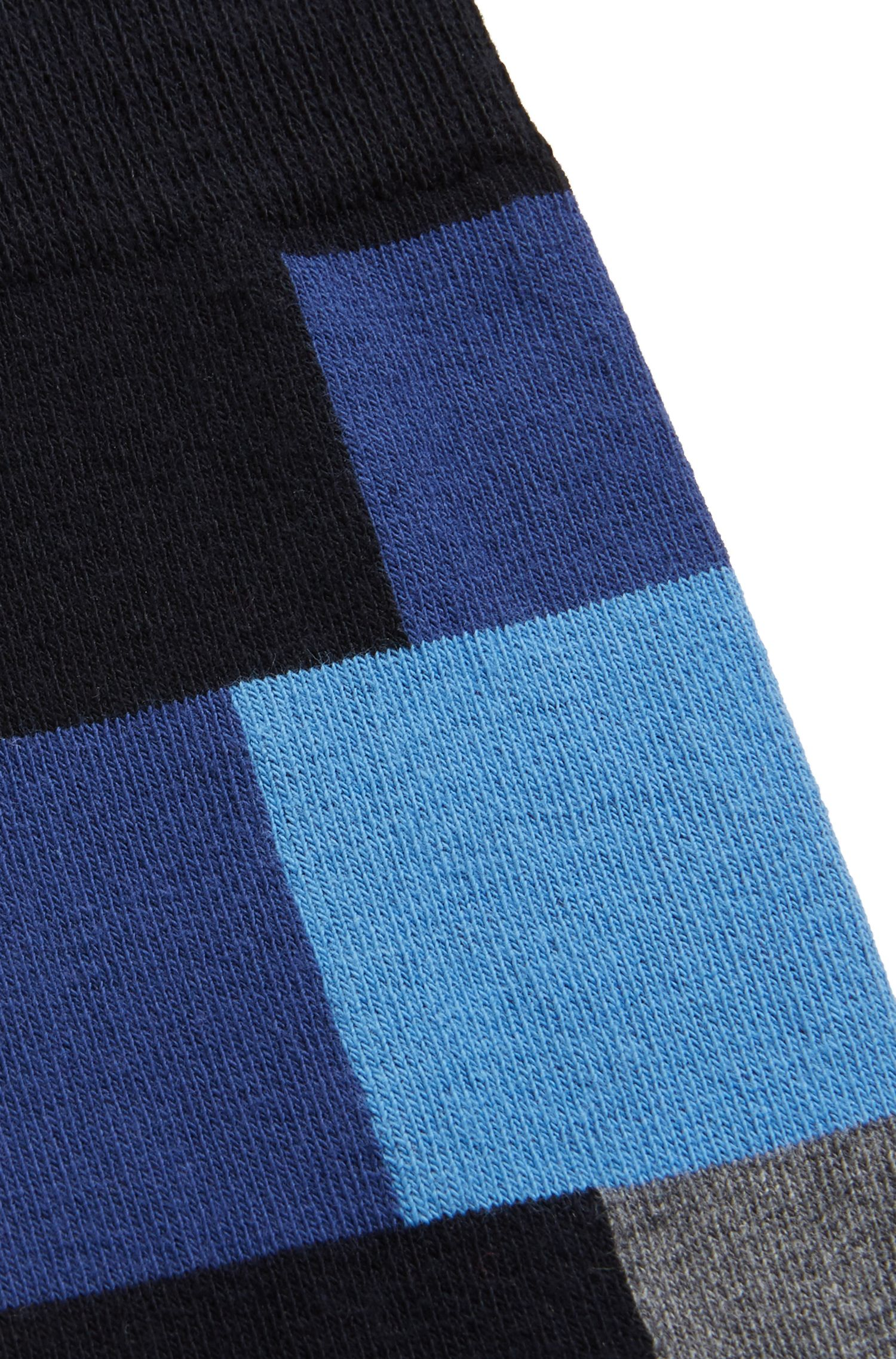 Modern checked socks in a combed-cotton blend