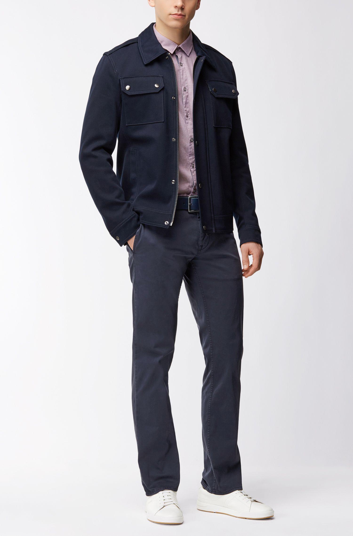 Slim-Fit Hemd aus dezent strukturierter Baumwolle