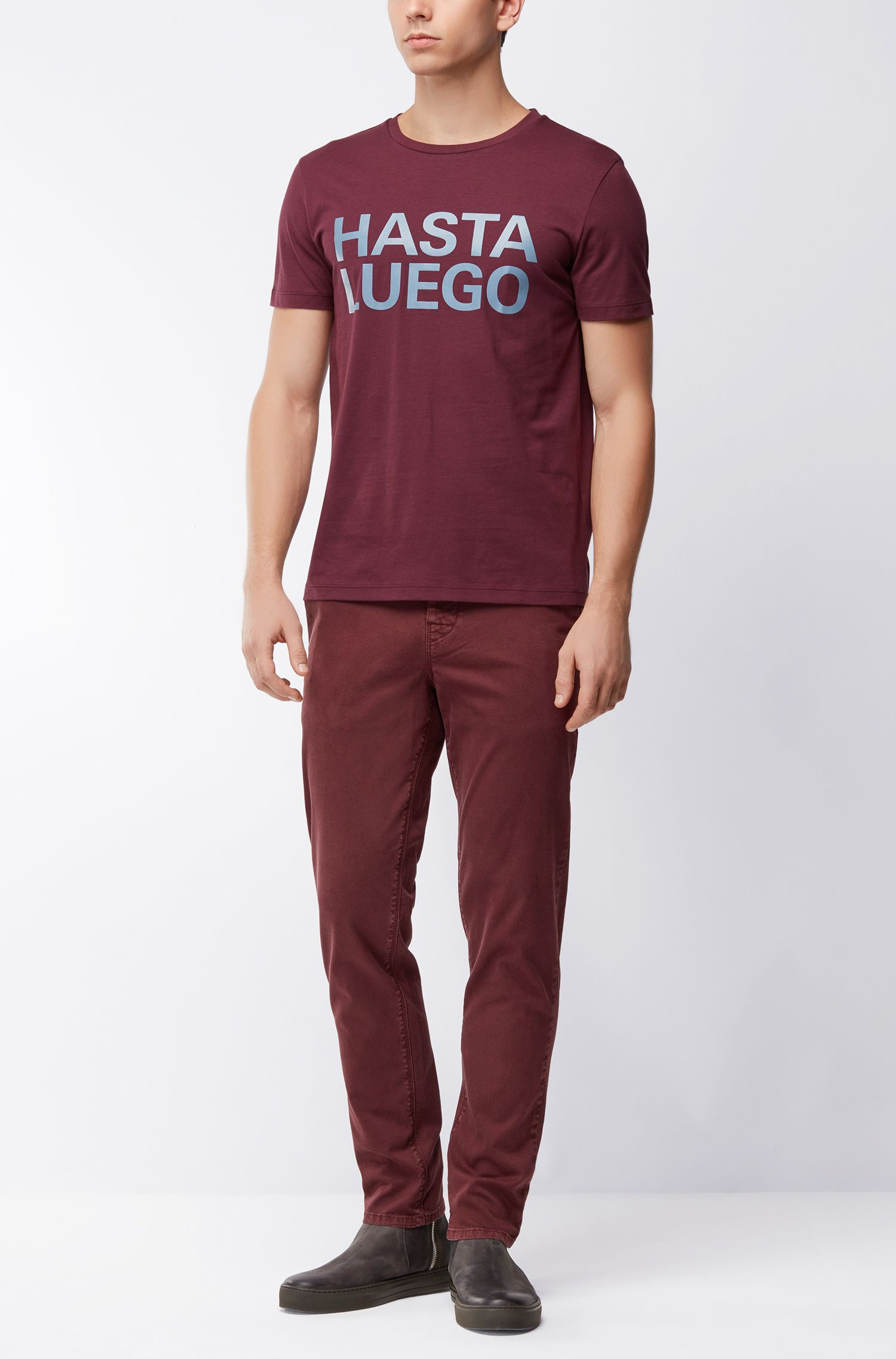 Chino Tapered fit en coton stretch double-teint, Rouge sombre