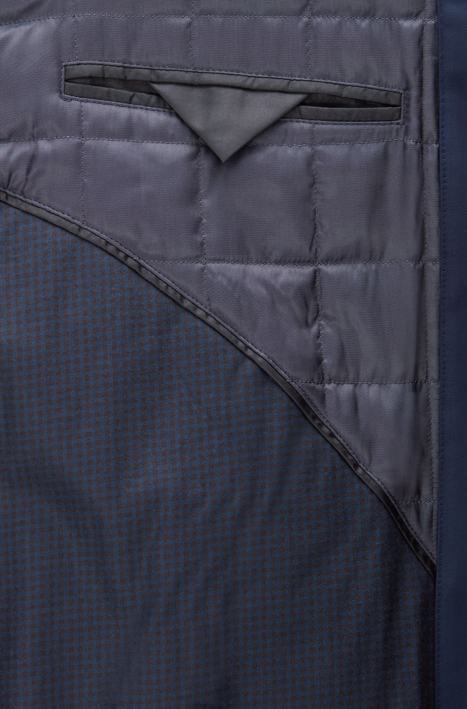 Slim-fit coat in water-repellent twill