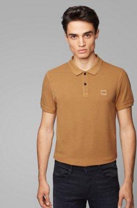 Slim-Fit Poloshirt aus gewaschenem Baumwoll-Piqué, Hellbraun