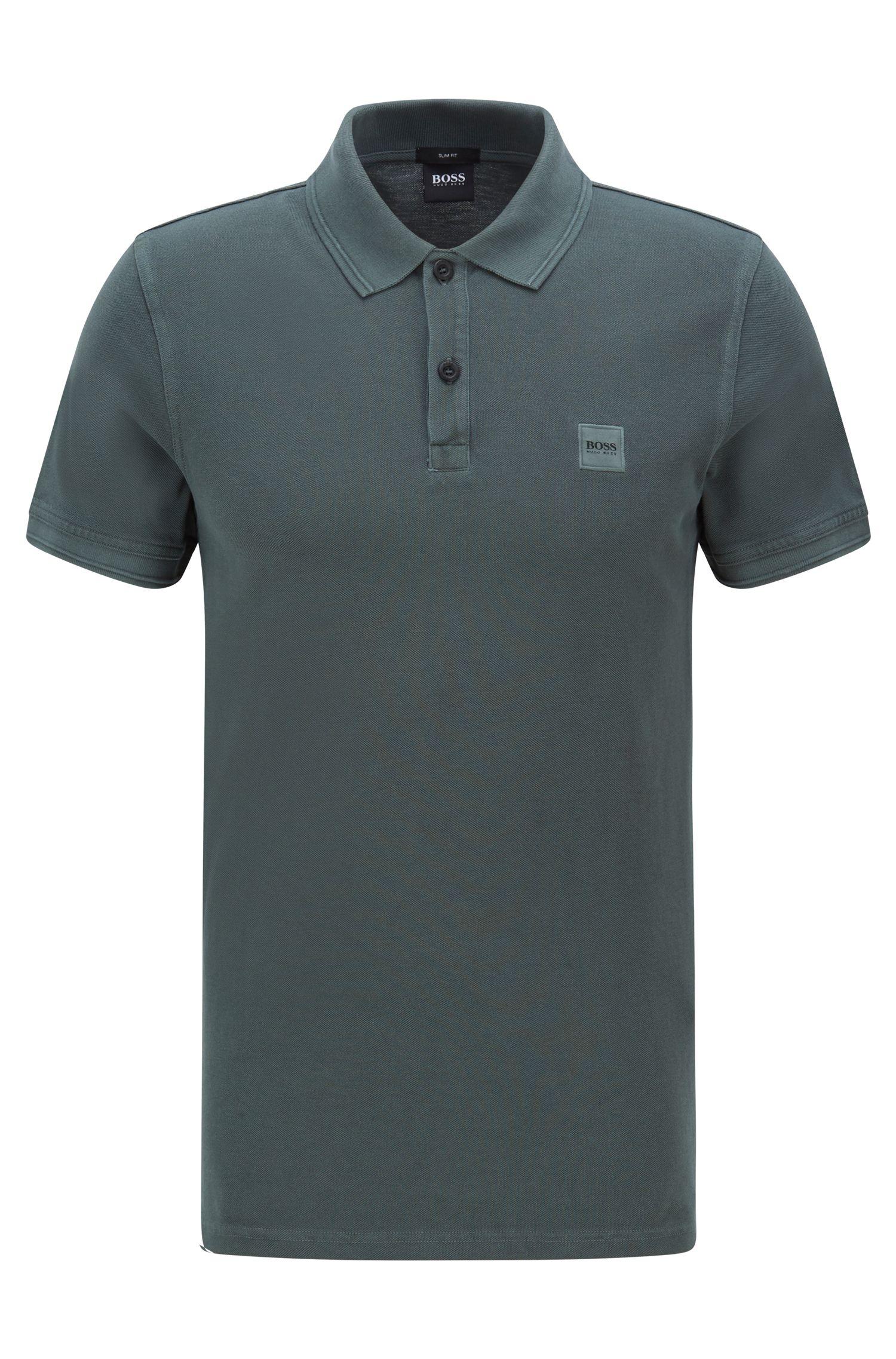 Slim-Fit Poloshirt aus gewaschenem Baumwoll-Piqué, Dunkelgrün