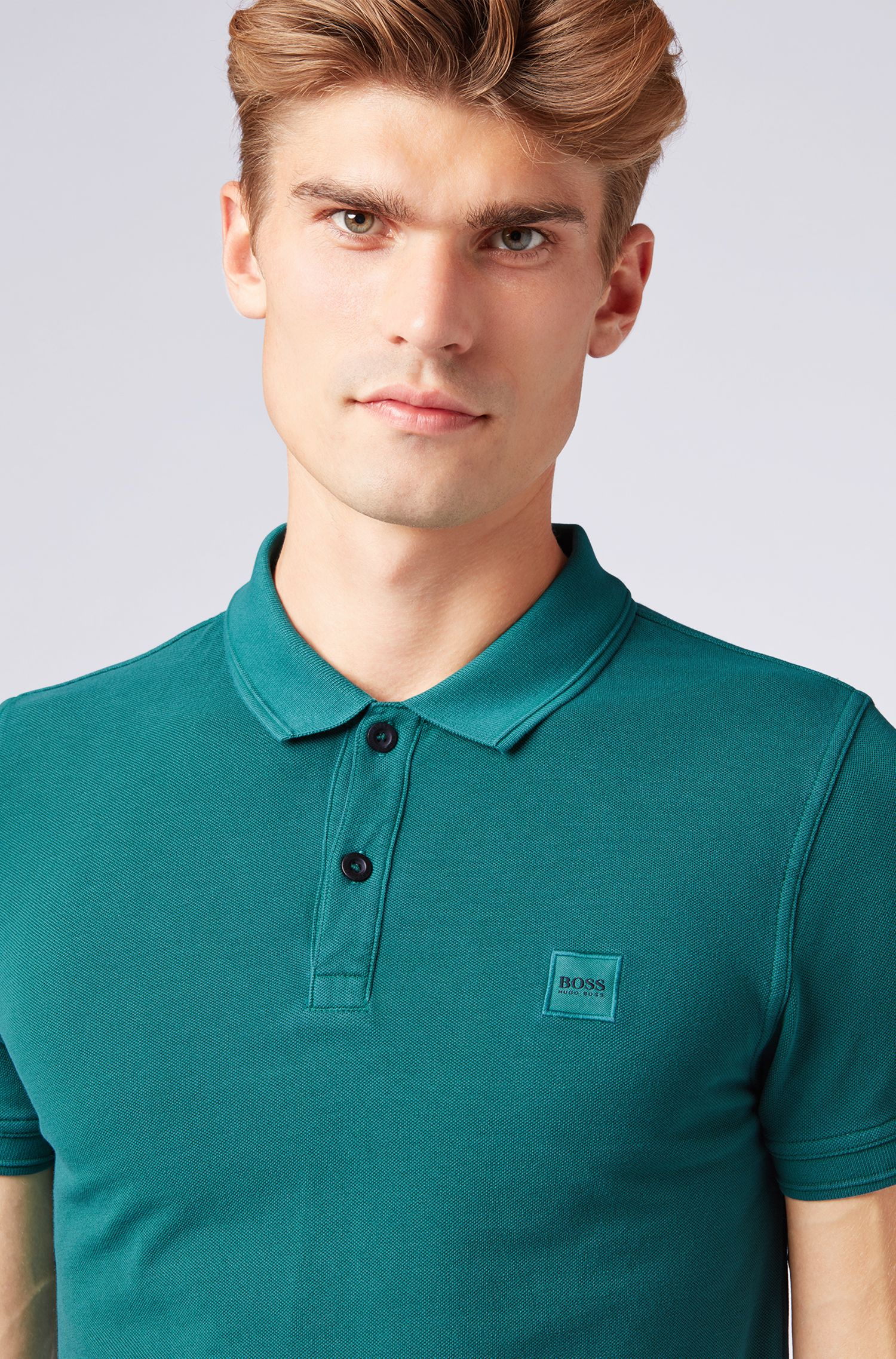 Slim-fit polo shirt in washed cotton piqué, Dark Green