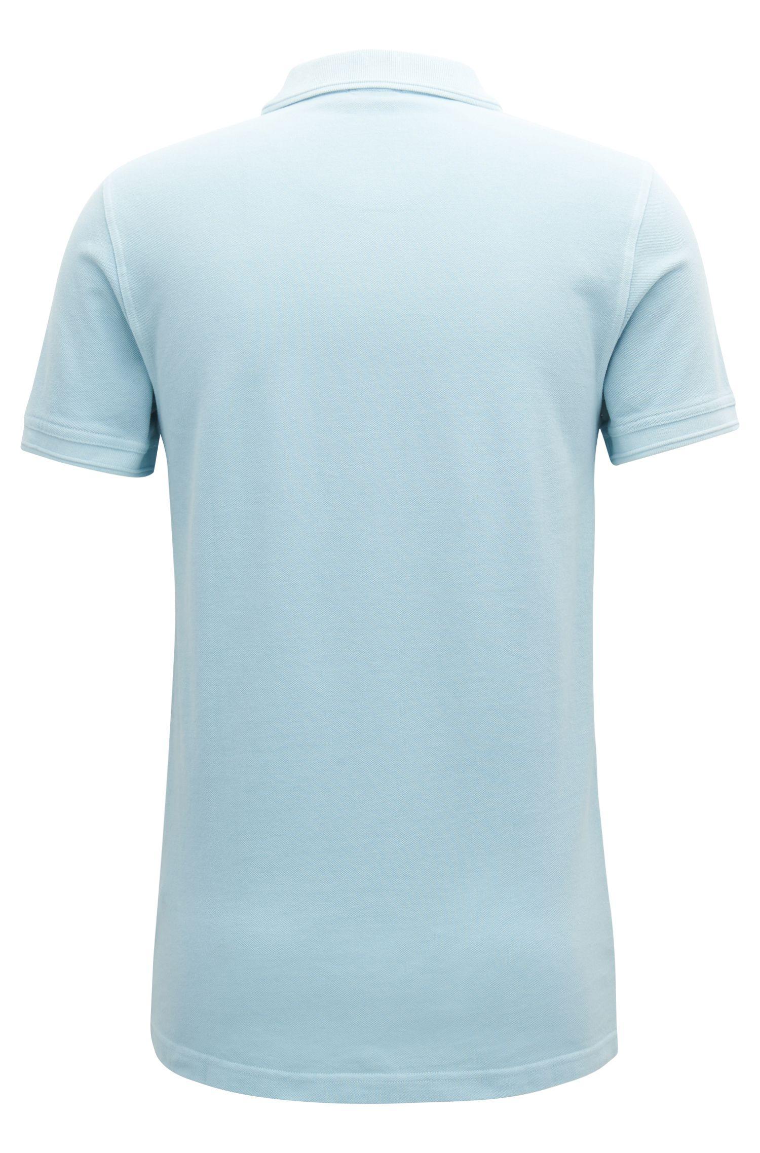 Slim-Fit Poloshirt aus gewaschenem Baumwoll-Piqué, Hellblau