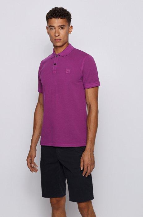 Slim-Fit Poloshirt aus gewaschenem Baumwoll-Piqué, Lila