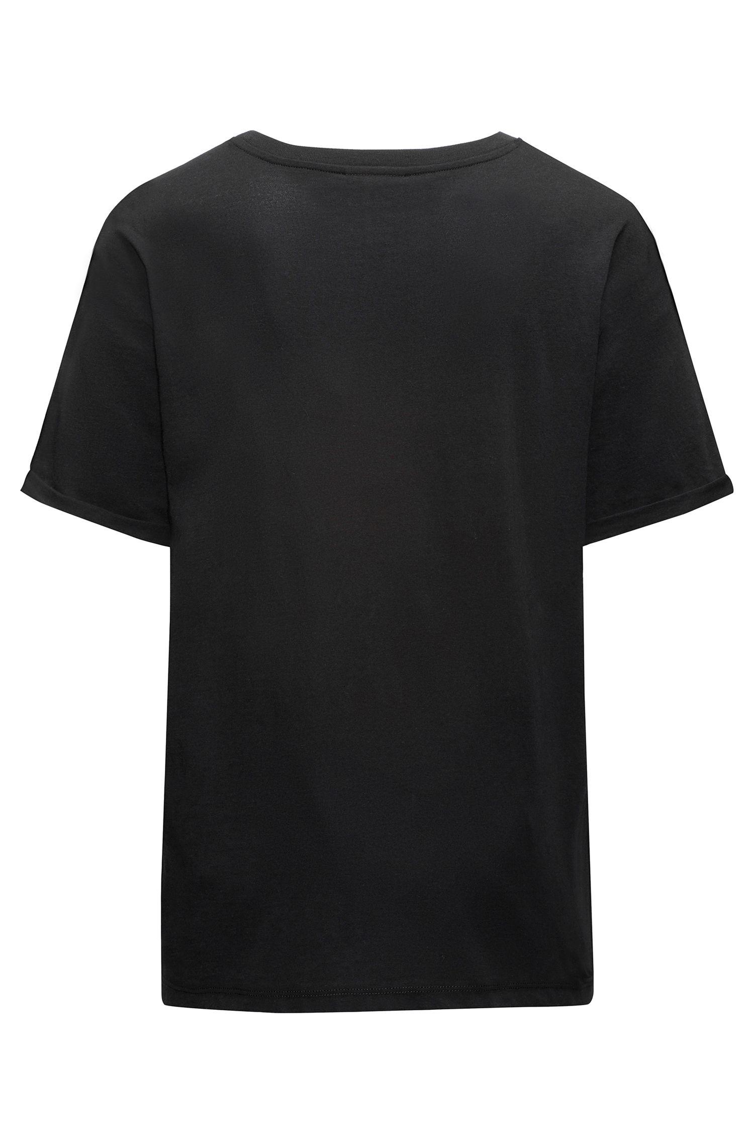 Camiseta de manga corta en algodón con un logo invertido metálico